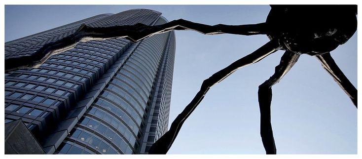 "Roppongi Hills Mori Tower, ""Maman"" Giant Spider Sculpture, T"