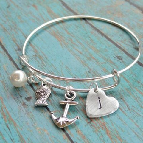 I love bangle bracelets!! This one is perfect, it's called the Faith, Hope and Love bangle!! You can add a personalized initial also!! Makes a wonderful gift or something sweet for yourself! Only $10.95!