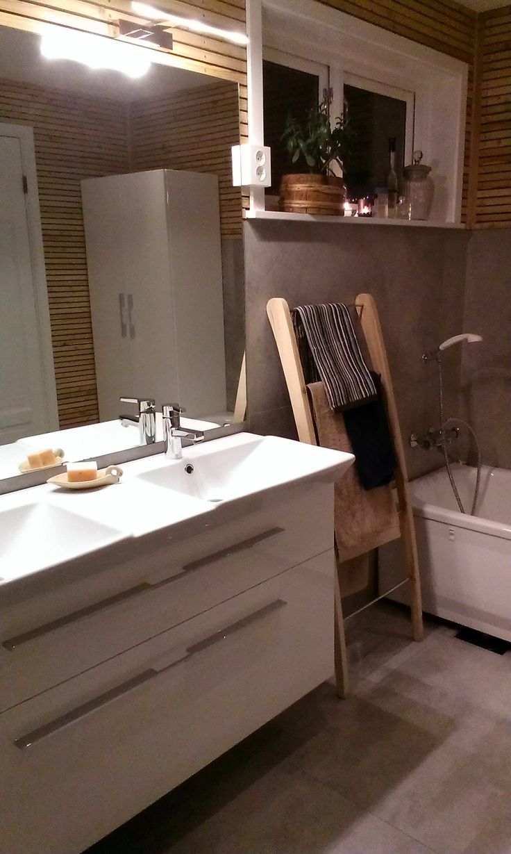 Dansani + hjemmelaget håndkleholder i lerketre <3