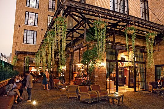 Even tho I'm mostly sold on Frankies 457 BK for the reception, I'm still debating Bowery Hotel's indoor/outdoor space...