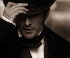 Richard Armitage as Mr. John Thornton in North and South - BBC....(wow... Thank you, Ali! <3)