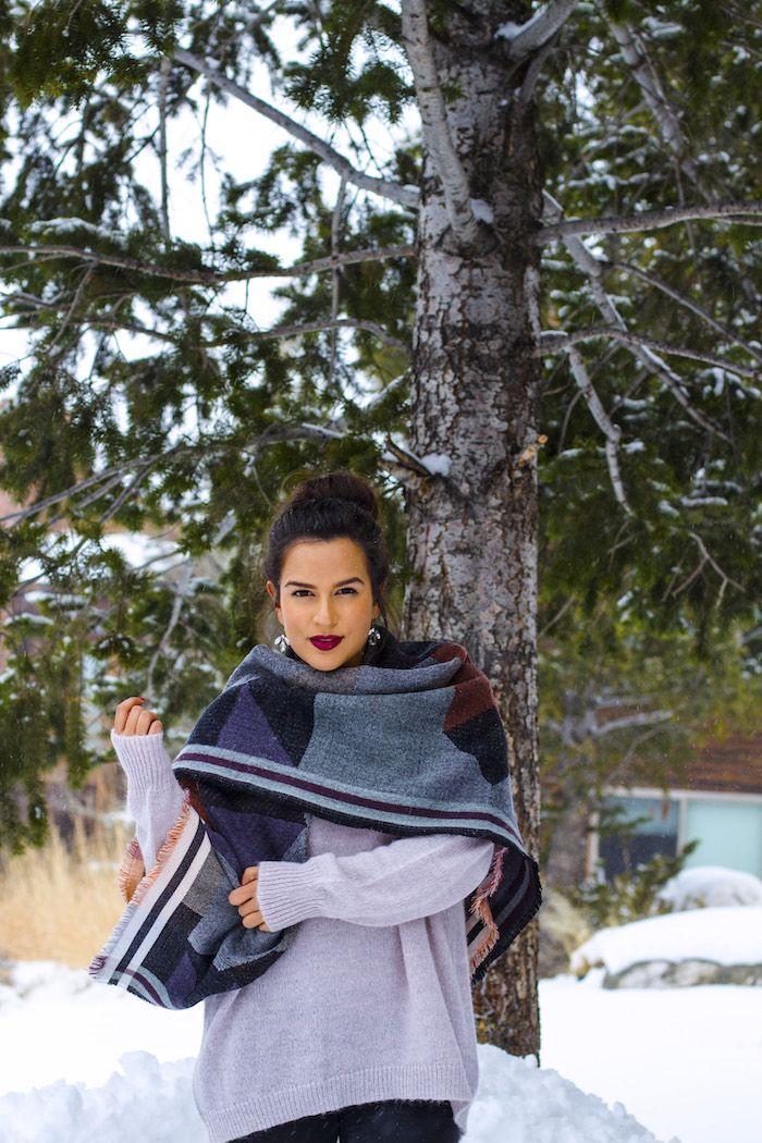 Top Knot & Bold lips ON THE KATTWALK: Snow Stroll