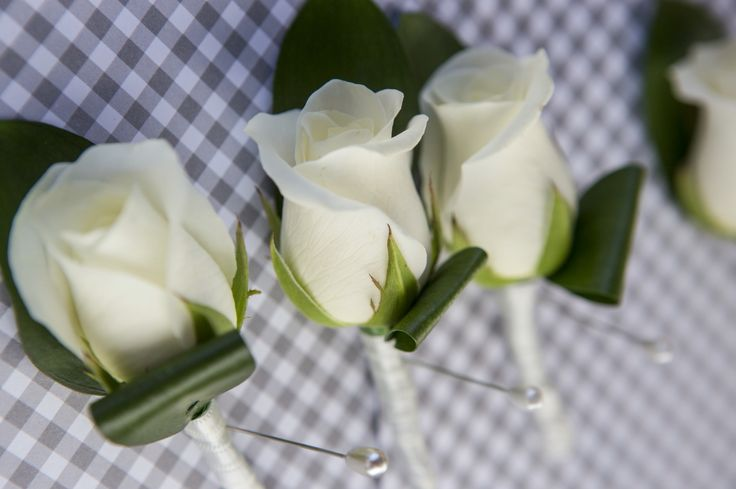 White Rose Buttonholes Flowers by One Poppy Wedding Flowers Auckland, Photography by Marc Herbulot.