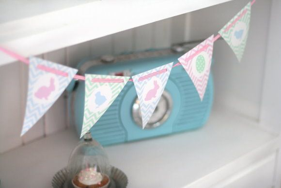 easter bunting {free printable} by titatoni.blogspot… – #Bunting #Easter #Free