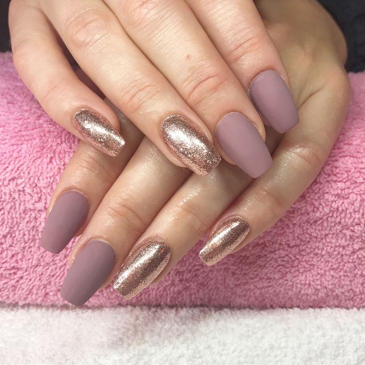 ✨Matte & Rose Gold✨ Done at California Nails, Stavanger Norway #nails #negler #naglar #shellac #kyliejennernails #kyliejenner #glitter #glitternails #manicure #stavanger #norge #norway #beauty #nailart #nailpolish #nailsofinstagram #nailstagram #nailswag #instanails #instagood #instadaily #nailsoftheday #notd #mattenails #nailpro #matte #perfection #rosegold #californianails