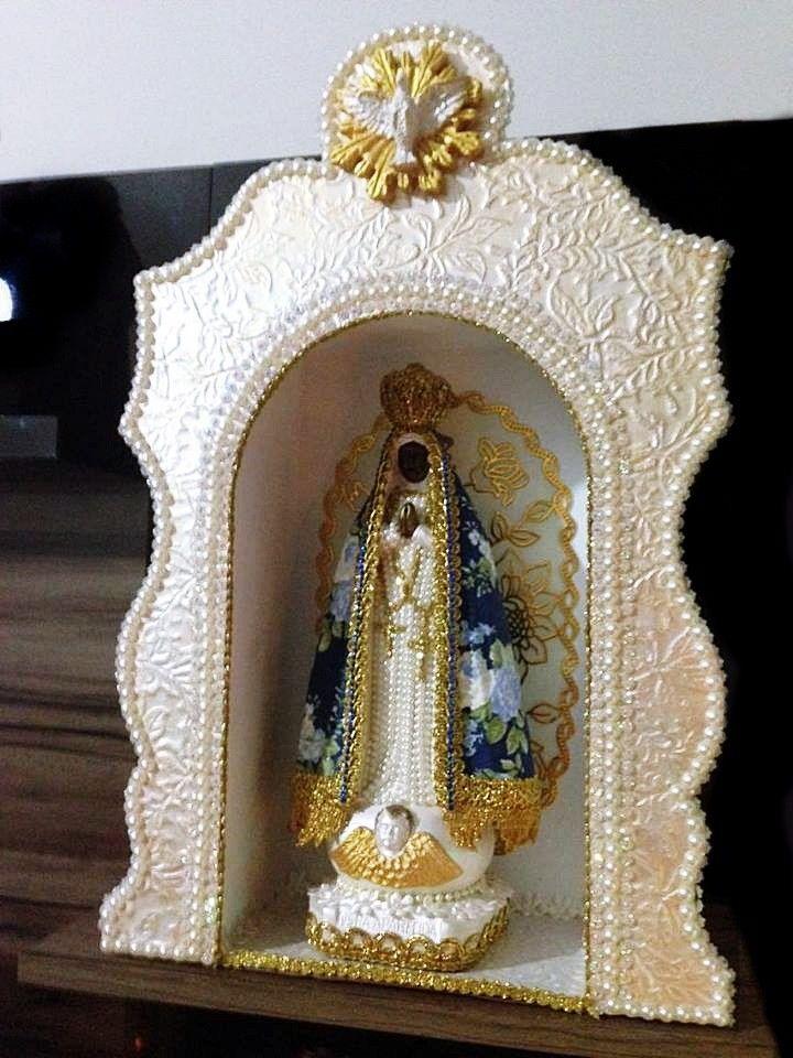 Novo conjunto da Nossa Senhora Aparecida com manto floral azul de 30cm + Oratório de 40cm.