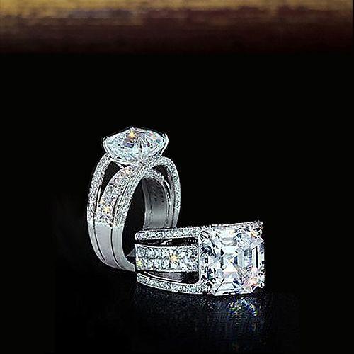 Кольцо с бриллиантом  Золотое кольцо с бриллиантом, предназначено для бриллианта от 2.00 до 2.30 карата. Это раскошное кольцо можно использовать как помолвочное, или как кольцо для предложения руки и сердца, или просто как дорогой подарок, для дорого и любимого человека.      Кольцо с бриллиантом  Характеристики вставок: 184 бриллианта, круглой огранки, 57 граней, 2/3, 1.14 карат Белое золото: 750 проба Вес изделия: 7.71 грамм Изготовитель: Италия