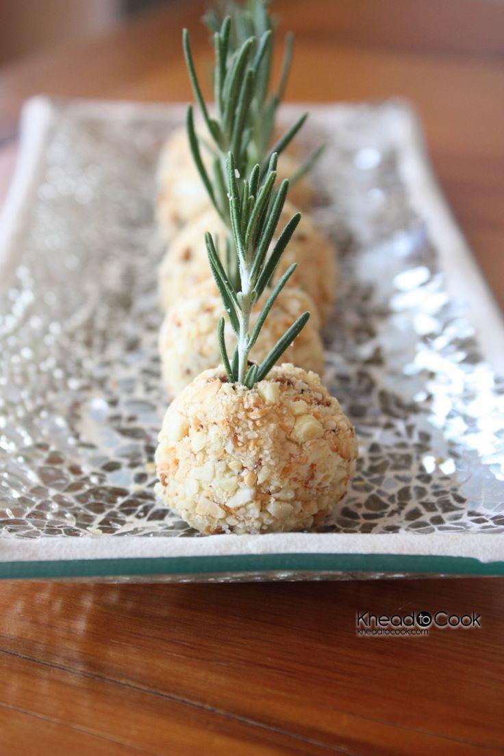 Smoked Gorgonzola Rosemary Cheese Balls.