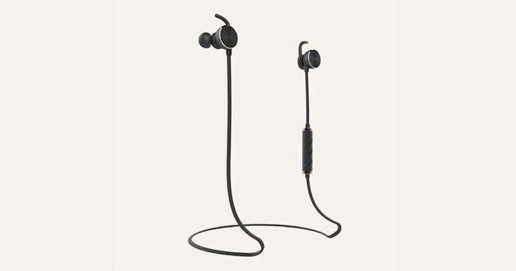 Nokia presenta 2 auriculares   uno inalámbricoy otro con cable         Nokia no se de tiene y va por mas, ademas de lanzar nuevos smartpho...