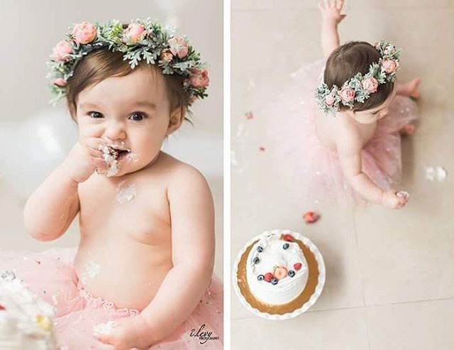 These pictures made my weekend a whole lot sweeter! Thanks so much, @ilevyphotography   • Flower Crown • Floral Crown • First Brithday Photos • Photoshoot • Cake Smash