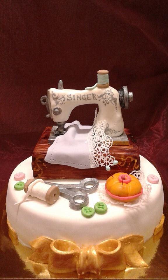 Torta di Compleanno decorata cake design Torta Macchina Da Cucire Pasticceria Bellucci a Firenze