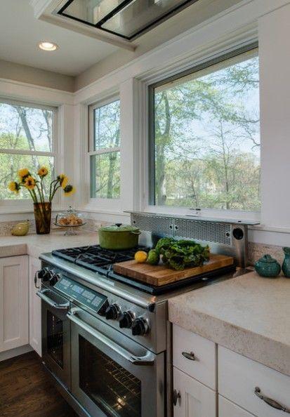 они эту плита у окна на кухне фото остальные сообщения