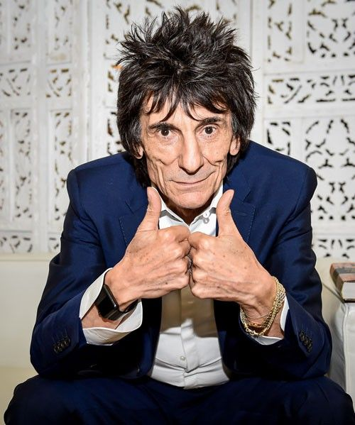 Contrary to popular belief, Ronnie Wood's 68-year-old dick doesn't only bust out loads of dust and crack-infused moth balls nowadays. Ronnie's sperm fish has still got it in them.The Sun(via NYDN)was the first to report that Ronnie's wood knocked up his 37-year-old wife