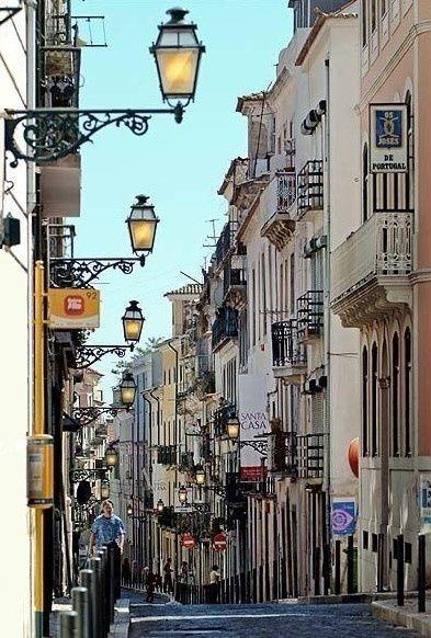 Rua da Rosa (Bairro Alto) Lisboa, Portugal