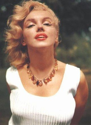 Marilyn Monroe - Photo posted by lilli97