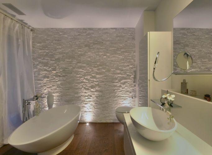 lampen dusche stockfotos abbild und abcbacedbf bad design bathroom ideas