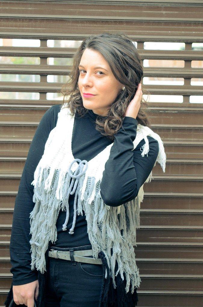 Tricolor vest - Mi Vestido Azul  Fashion and Lifestyle Blog   By Lourdes BuesoMi Vestido Azul  Fashion and Lifestyle Blog   By Lourdes Bueso