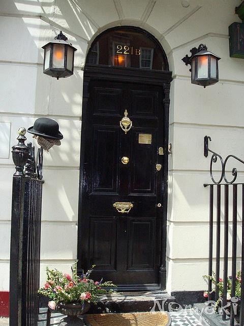 Sherlock Holmes museum in 221b Baker Street