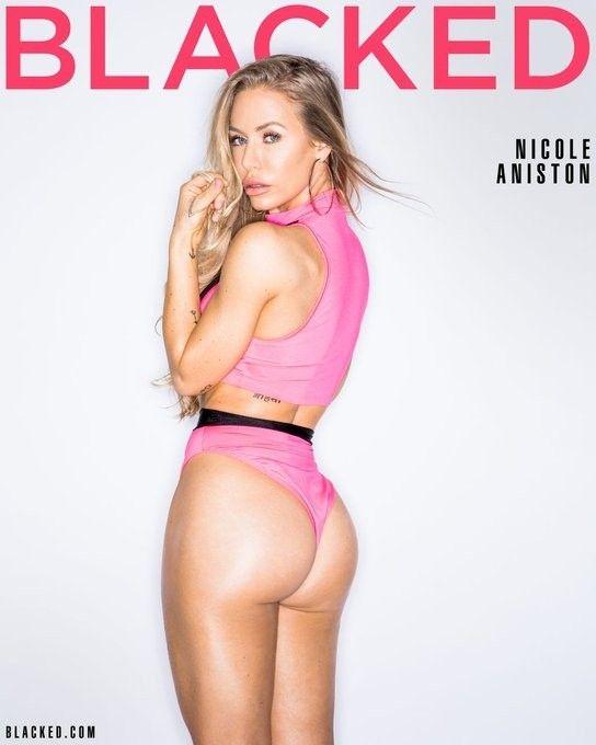 Nicole Aniston 5