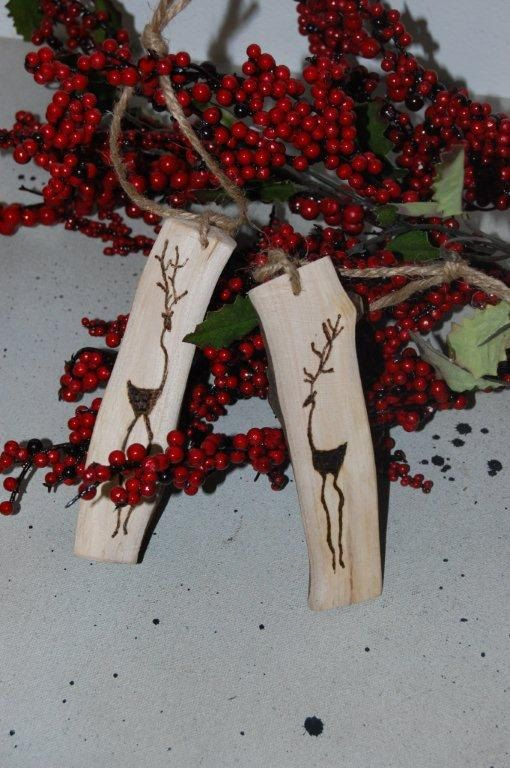 wood burning idea: Rustic Christmas Ornament - Reindeer - Set of 2 - Tree Branch - Aspen - Wood CHARM - GIFT Tags - Keepsake. $12.00, via Etsy.
