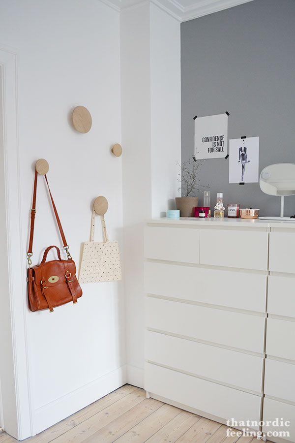 25 beste idee n over witte muur slaapkamer op pinterest wit dekbed slaapkamer wit slaapkamer - Grijze hoofdslaapkamer ...
