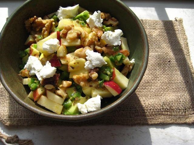 healthy eats apple salad one day beets avocado apples vinaigrette ...