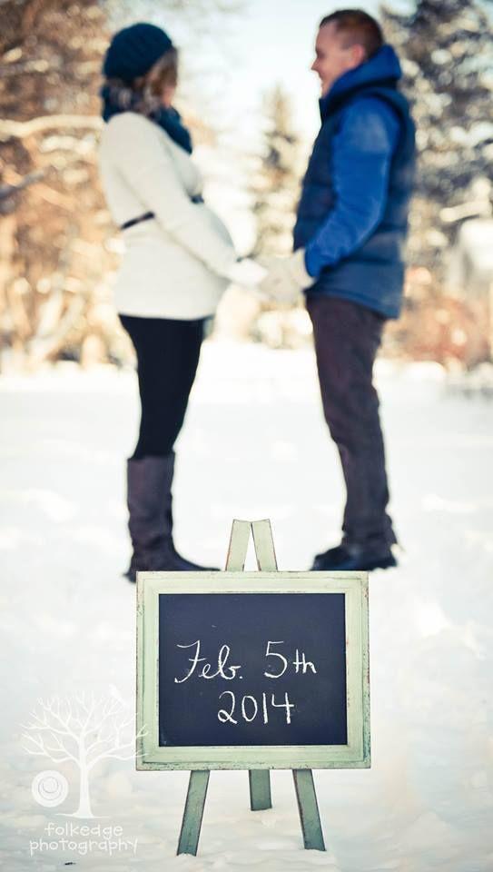 Winter Maternity Pics - Folkedge Photography