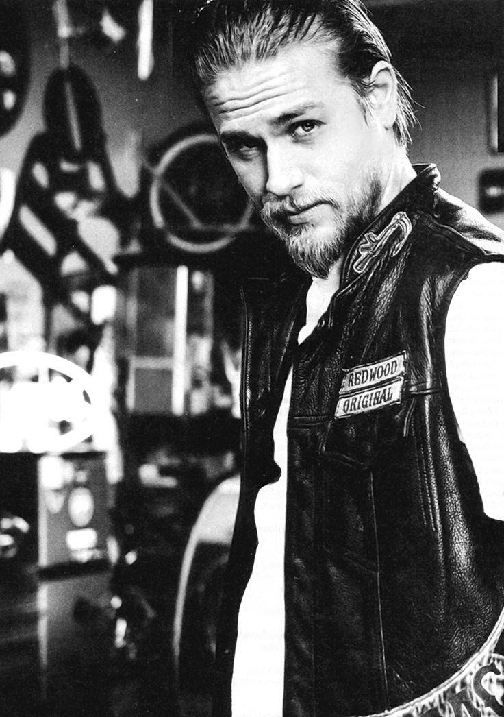 And of course is it any surprise Charlie Hunnam played Taos Hopewell, fugitive biker on the run from his past.