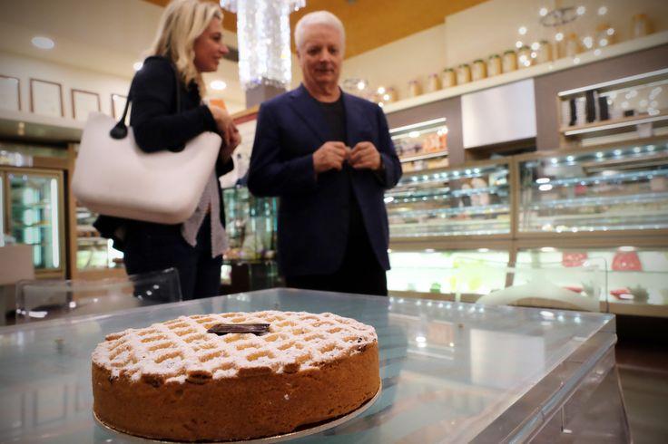 Scopri la ricetta della torta di Iginio Massari: la Torta Brescia, rivelata dal Maestro ai lettori di Mangiare da Dio, blog di cucina di eccellenza.