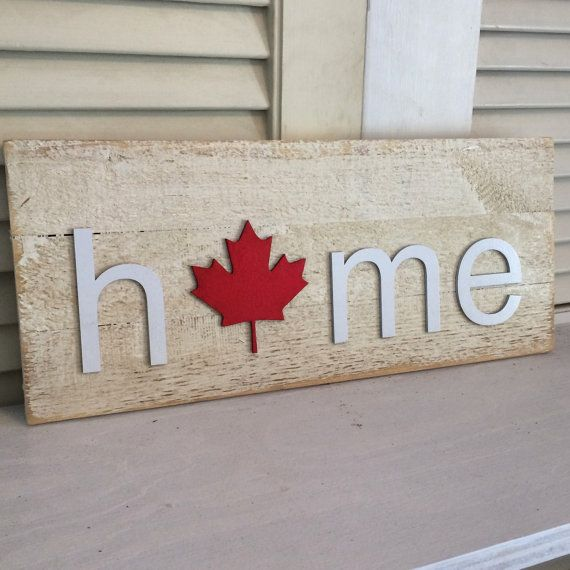 Canada HOME plaque with Canadian Maple Leaf