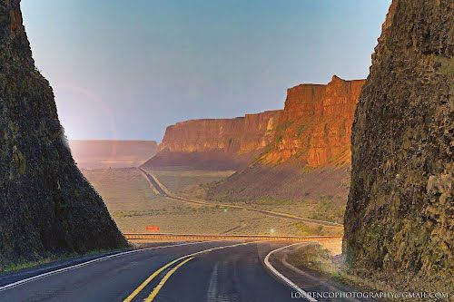 High Desert Road in Washington near Grand Coulee Dam