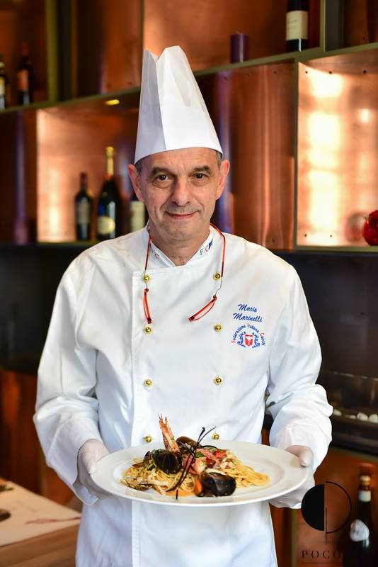 -Il Maestro Mario Marinelli- te invită la cină! Buon appetito! Maestro. Chef cook. Magic happens. Father. Family. Tutor.