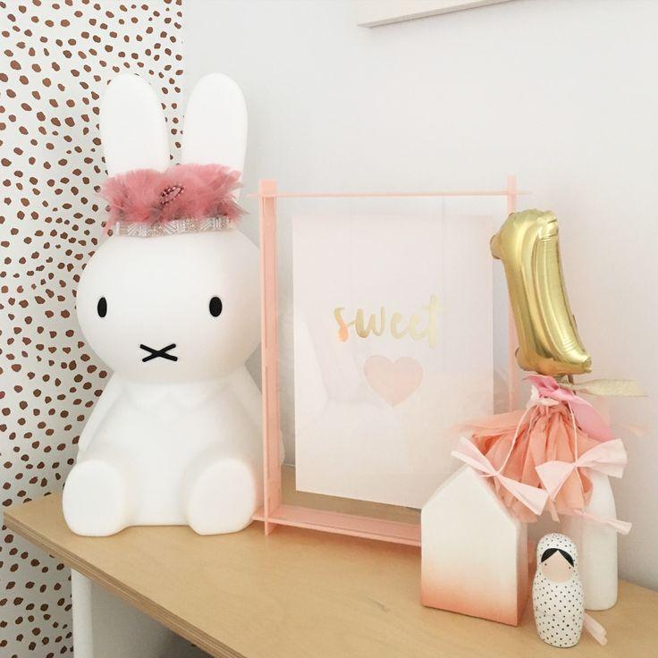 Sweet Heart paper cut artwork / Piccolo Studio