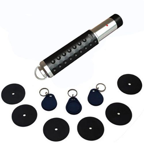 USB 2.0 ile yüksek veri aktarım hızı Sağlam, Güçlü, Ergonomik Tasarım Çelik Dış Gövde Kolay Kurulum ve Kullanım Sürekli Servis ve Yedek Parça Desteği Sesli ve ışıklı uyarılar   Set İçeriği Bekçi Kalemi 6 Adet Kontrol Noktası 3 Ader Bekçi Tomu Usb Kablosu Şarj Adaptörü Dubel-Vida Program Kurulum CDsi