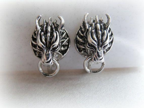 Cloud Strife Wolf Stud Earrings