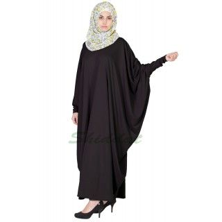 Shiddat.com provides this beautifully designed fashionable classic kaftan abaya, burqa online in India; Middle east design; made of soft Jersey fabric.