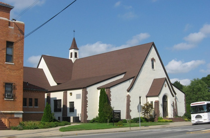 St. Martin of Tours, Bethpage