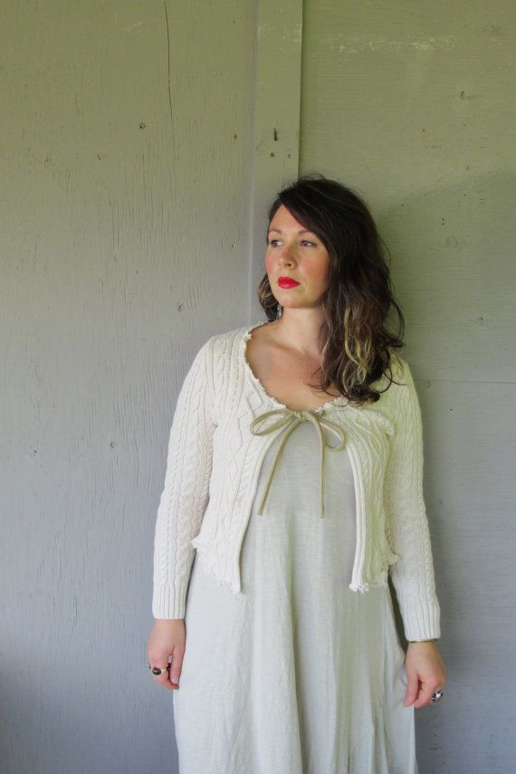cardigan recadrée pull/Funky upcycled par lillienoradrygoods