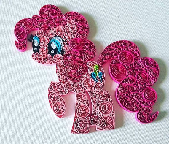 Quilled art work on 8x10 canvas panel. My little pony by MiniIdeas