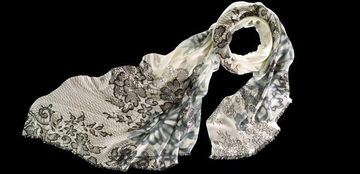 GAUCHO GIRLS #fraas #modal #silk #Fashion #scarf #square #snood #wool #cashmere #schal #tuch #Kaschmir #madeingermany #Poncho #cape #blanket #Loop #trendy #seide  store.fraas.com/