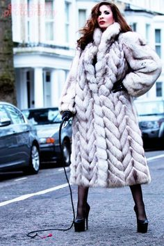 35 best street scene images on Pinterest | Fabulous furs, Fur ...