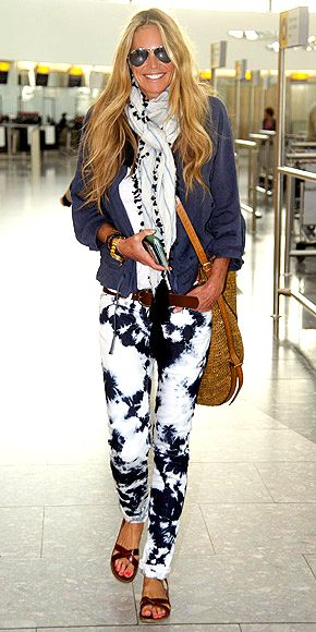 Airports Style, How To Ties Die Pants, Ties Dyes, Airports Outfit, Fashion Elle, Airports Fashion, Airport Fashion, Hair, Elle Macpherson