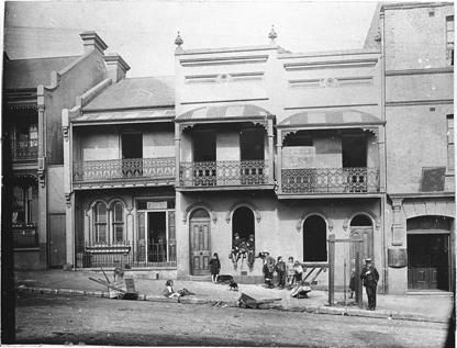 1909-1913. Terrace houses, Foveaux Street, Surry Hills