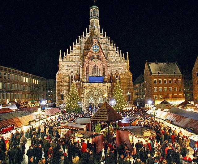 Einer der ältesten und beliebtesten Weihnachtsmärkte ist jener in Nürnberg