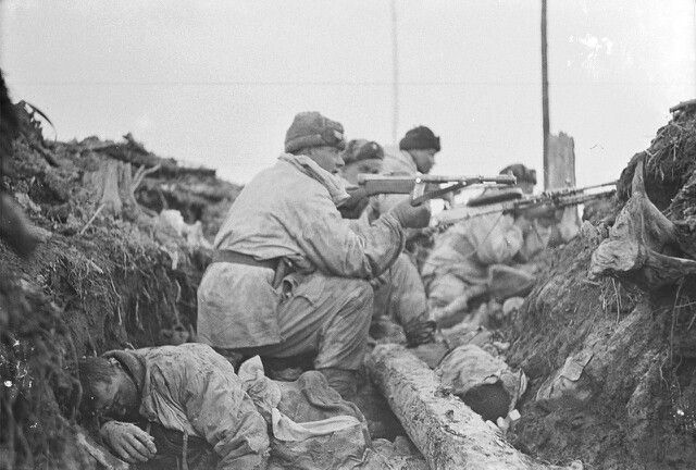 Finnish soldiers in trench