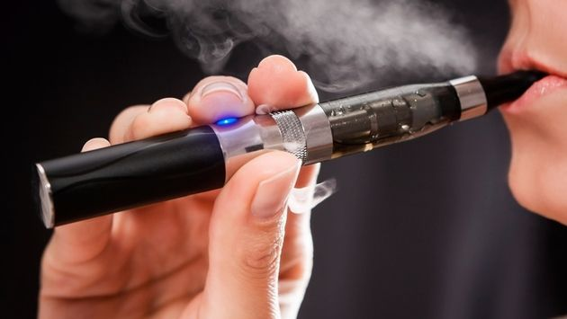 American Airlines Flight Makes Emergency Landing Due to E-Cigarette Fire