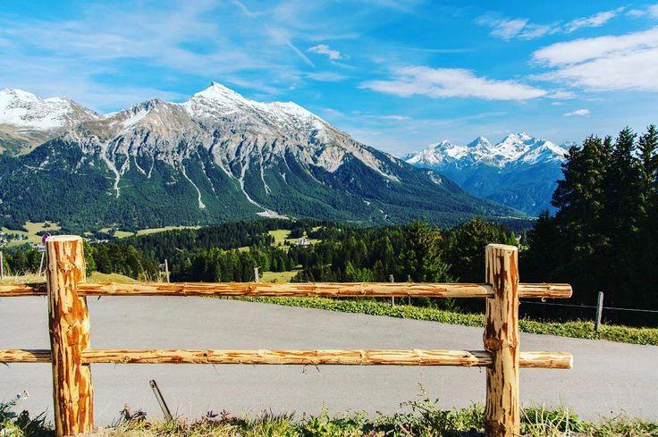 Such a landscape is an award after hiking to the top of Lenzerheide in Swiss Alps . . . #switzerland #graubünden #lenzerheide #schweiz #swissalps #travelcommunity #timeoutsociety #welivetoexplore #teamwanderlust #igerseurope #wearetravelgirls #girlslovetravel #girlsborntotravel #ladiesgoneglobal #thetravelwomen #beautifuldestinations #wonderful_places #travel_drops #exceptional_pictures #speechlessplaces