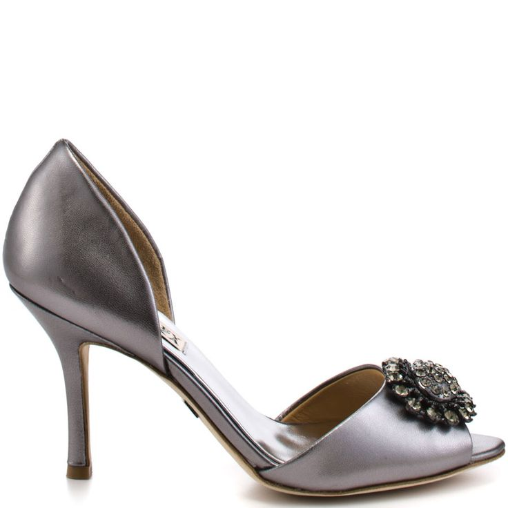Pewter Heels For Wedding: Stun Everyone At Your Wedding In This Breathtaking Heel
