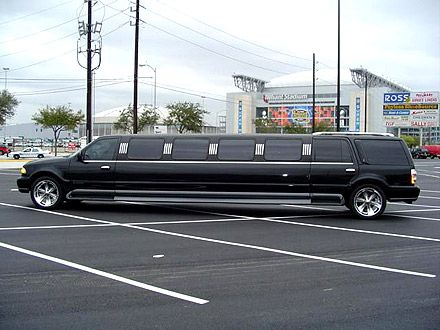 Limo in Toronto