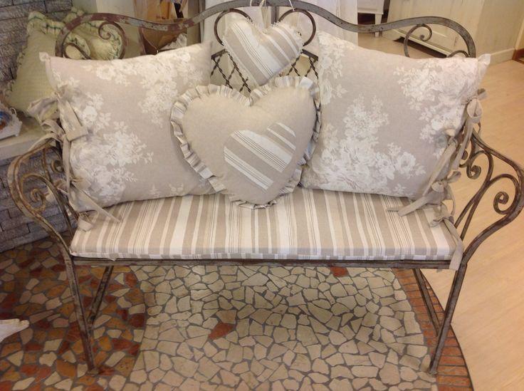 oltre 25 fantastiche idee su cuscini panca su pinterest | vita all ... - Cuscini Per Camera Da Letto